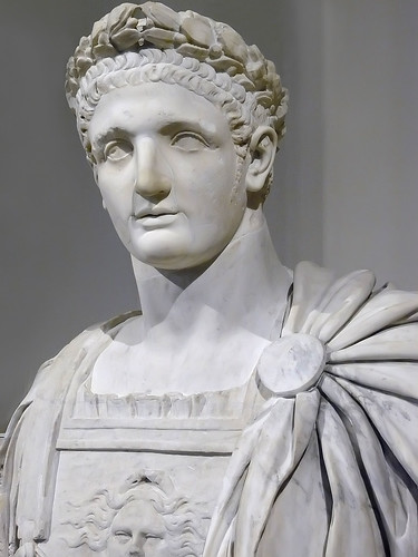 roman emperors A chronological list of the emperors of ancient rome, covering the julio-claudian, flavian, antonine, and severan dynasties the gallic, palmyrene, and eastern roman empires and the constantine period.