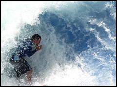 → Ola (fℓotαnte II) Tags: santiago agua ola surfista sonydsch1 mallsport niñαfℓotαnteii olafalsa