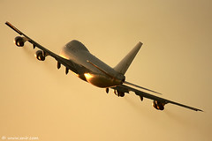 747 Freighter , then a nice pull (xnir) Tags: canon photography eos israel is al photographer aircraft aviation air flight cargo boeing 747 freighter nir elal  747200 100400l benyosef 100400 llbg xnir idfaf  photoxnirgmailcom