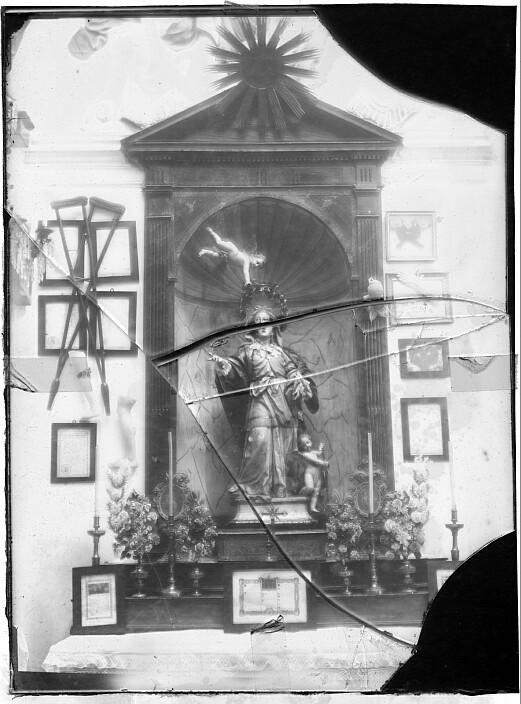Interior de la Iglesia de Santa Leocadia hacia 1880. Foto de Casiano Alguacil. Ayuntamiento de Toledo