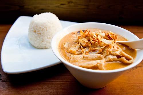 Gaeng Massaman (Massaman Curry) with Chicken at Khao San Road