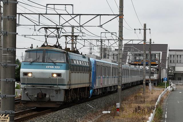 東京メトロ 15000系 甲種輸送 EF66-122