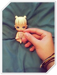 Tagg game =) : Hand in hand (Marco and Abi world ) Tags: friends 2 make one 1 dolls hand shot you many tag want your take how now herhis