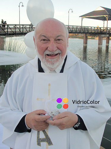 Un regalo para el Padre Farinello