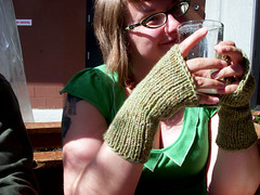 kate wearing mitts