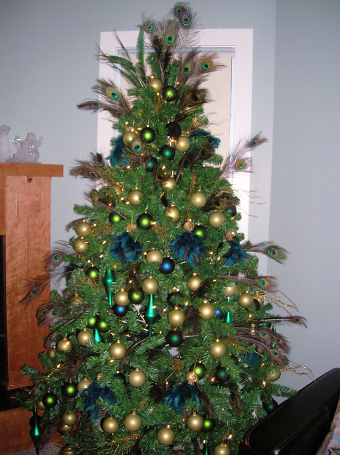 christmas tree ideas - Peacock Themed Christmas Tree