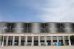 le stade Vlodrome de Marseille (Dominique Pipet) Tags: france sport photo football marseille foto stadium estadio provence fotografia stadion estdio futebol velodrome stade ftbol voetbal fodbold calcio stadio fotografa southfrance fusball stadevlodrome vlodrome 13008 olympiquedemarseille dompipet dominiquepipet