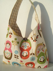 bolso matrioskas (+Eva+) Tags: bag beige gingham vichy bolso matrioska russiandolls fleamarketbag grandrevivaldesigns whipupcalendar2010