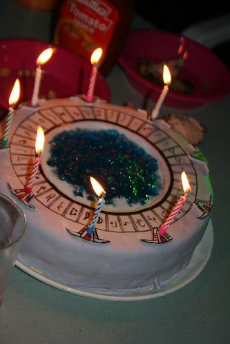 The stargate cake with Cheverons lit by Amanda_Tapping_Fan.