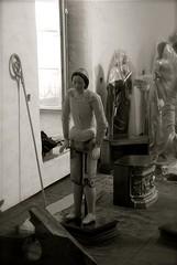 Desnuda - naked sculpture (Romulo fotos) Tags: quito ecuador arte iglesia bn imagen religiosa restauracin restaurador esculturacolonial alemdagqualityonlyclub romulomoya piezahistrica figurainanimada