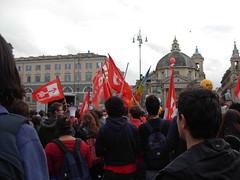 Le bandiere dell'Unione Degli Studenti (Gaiux) Tags: roma università protesta 2008 proteste scuola manifestazione sciopero riforma facoltà finanziaria istruzione sindacato sindacati gelmini 30102008 legge133