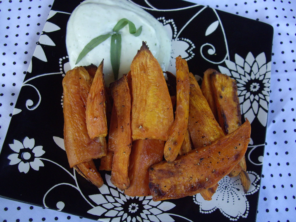 sweet potato fries with goat cheese & tarragon dressing