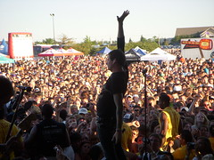 Tom Delonge (theblackhammer) Tags: chicago warpedtour blink182 tomdelonge angelsandairwaves