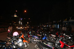 Many motorbikes at Loy Kratong Festival
