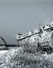 Old (photoit1) Tags: barca mare bianconero legno vecchia bonagia tonnara aplusphoto