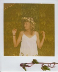 (Anna Hollow) Tags: girl polaroid sister lexi daisychain expired06 annahatzakis annahollow