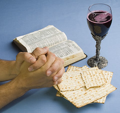 29/52 Prayer (hpebley3) Tags: selfportrait hands wine juice prayer stock inspirational communion grape biblestudy fiftytwo matzos inspiks img8600 harleypebley episodicauthor