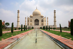 A Love Poem Written in Marble (laszlo-photo) Tags: india taj mahal tajmahal agra shahjahan moghul slumdog