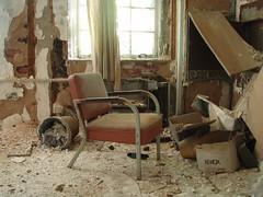 P6290290 (Blue Taco) Tags: urbandecay urbanexploration abandonedhospital thingsleftbehind
