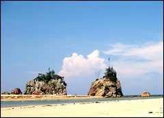 Beautiful and Scenic Kemasik Beach, Trengganu (HL Wang) Tags: malaysia  trengganu  kemasikbeach