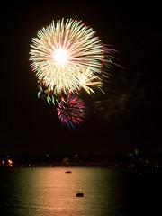 lakeside fireworks 5 (PhotoFox5000) Tags: lake texas fireworks 4th july grapevine platinumphoto ultimateshot diamondclassphotographer
