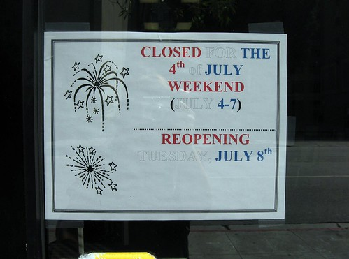 Metropolis Books Holiday Hours