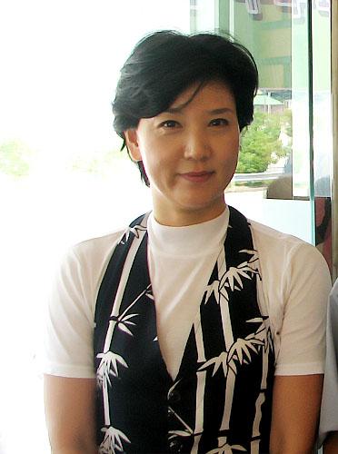 Ms. Kwak