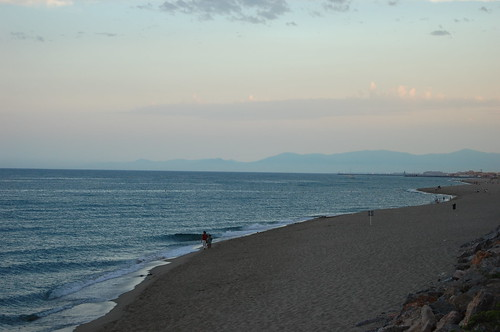 Au loin, l'Espagne