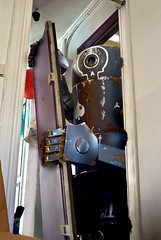 Bertie at my door (nael.) Tags: door photoediting photomontage porte bertie wwr dirtydeeds ashleywood photoretouching nael retouchephoto