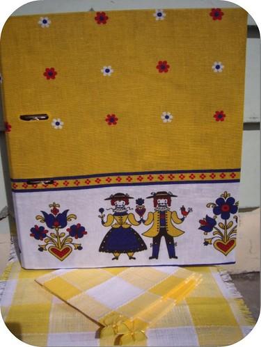 kootoyoo uni folder