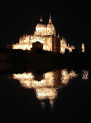 Inundacin (elbroantonio) Tags: panorama ro noche agua catedral vista salamanca gtico inundacin