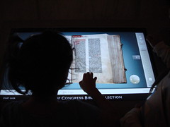 The Guttemberg Bible touch screen version Libr...