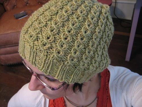 081025. sarah's slouchy hat.