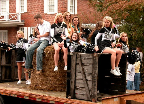 Yam Festival Parade - SCHS cheerleaders and friends