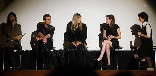 Minerva Piquer, Cam Gigandet, Catherine Hardwicke y Kristen Stewart