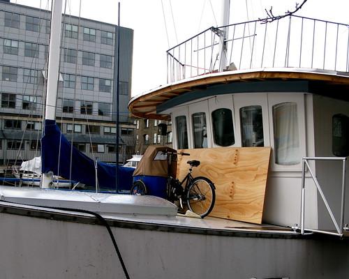 Nihola Boat