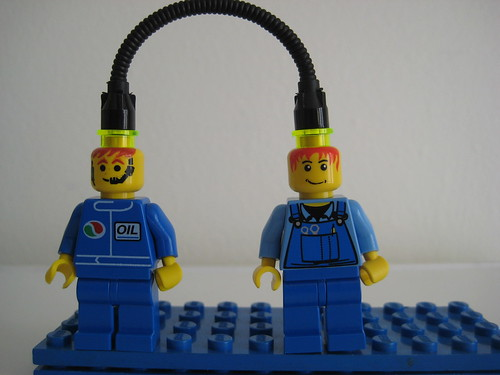 Knowledge Transfer Lego Style