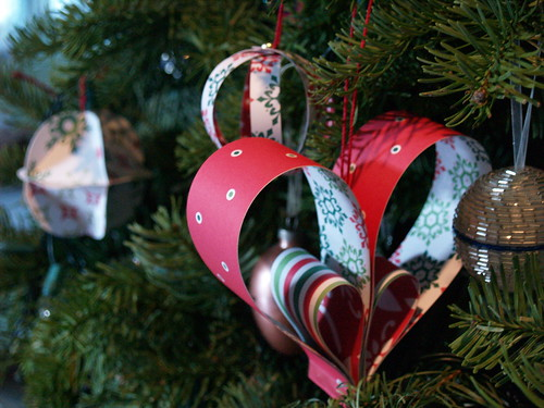 Family Traditions Tree - Paper Ornaments