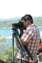 For a steady picture, use a tripod... (-Shyam-) Tags: funnykfm3 kfm3