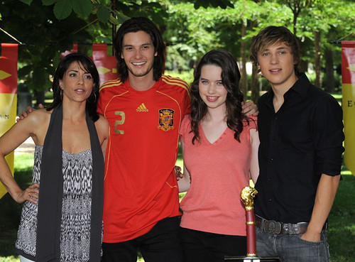 william moseley and anna popplewell. william moseley and anna. ben