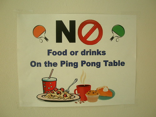 no ping pong on the spaghetti with meatballs table