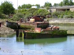 Hms Handy (Demon) (Fatdeeman) Tags: sea water dead boats nikon rust 2000 mud decay military ships navy machinery coolpix portsmouth scrapyard breakers scrap derelict vesse