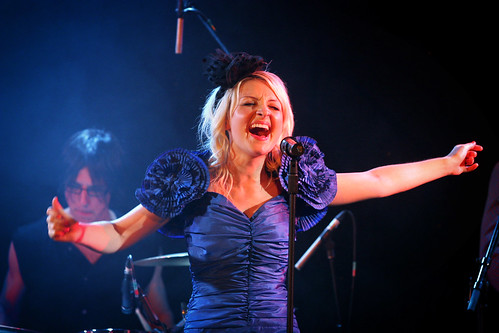 Kate Miller-Heidke @ The Speigeltent, Sydney Opera House Forecourt - 24th October, 2008 (by 'ju:femaiz)