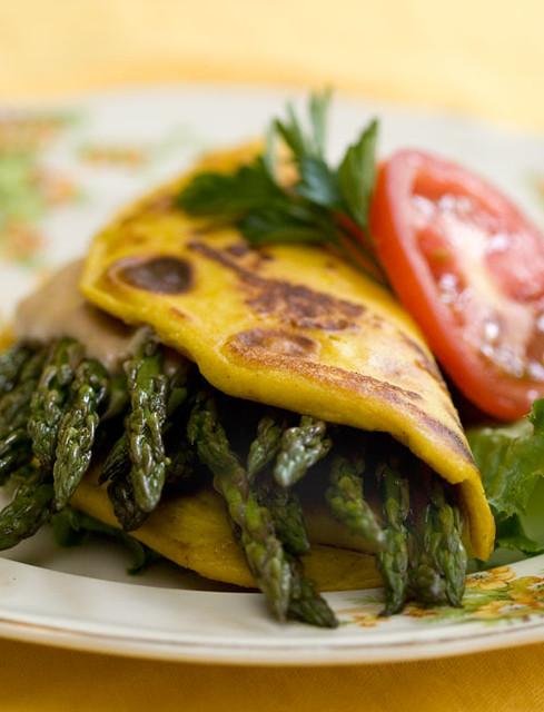 Best Easy Vegan Recipes - Vegan Tofu Omelet | Homemade Recipes http://homemaderecipes.com/course/breakfast-brunch/vegan-recipes