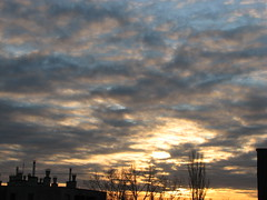 IMG_4315 (Marinyu..) Tags: blue sky sun clouds blueblueblue gbolt abigfave solofotos