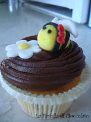 Bee's Cupcake