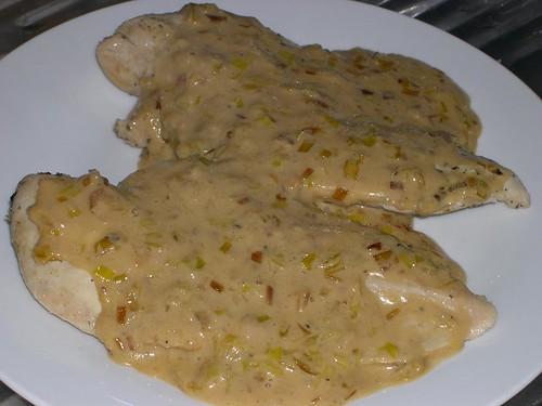 Pechuga de pollo con hierbas a la sal (varoma)