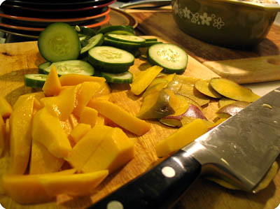Mango, cucumber and mint salad