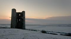 Ruin (luns_spluctrum) Tags: morning snow castle thames sunrise early interestingness interesting estuary essex hadleigh hadleighcastle