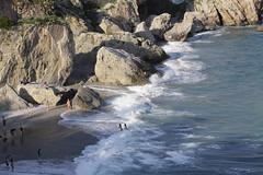 Kaldt vann? (fotomormor) Tags: andalucia vann bader nerja hav spania bølger klipper pfosilver